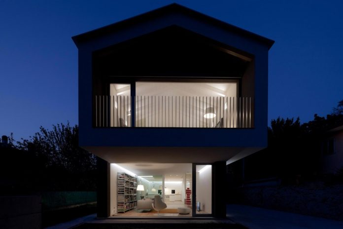 t-shaped-contemporary-house-outskirts-treviso-45