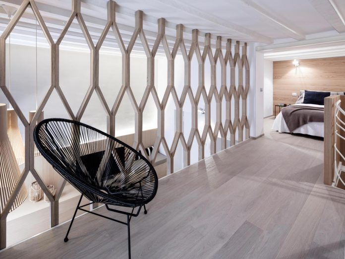 three-level-milan-contemporary-apartment-designed-great-attention-details-13