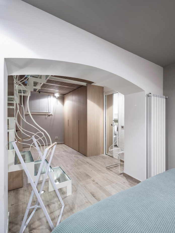 three-level-milan-contemporary-apartment-designed-great-attention-details-21