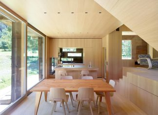 Contemporary barn conversion by Savioz Fabrizzi Architectes in Praz-de-Fort, Switzerland