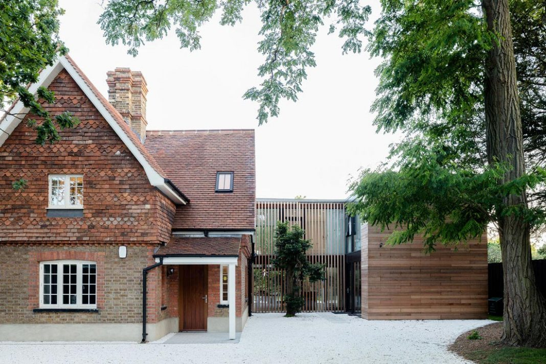 Contemporary and Victorian new extension that meets the old with a touch of glass