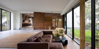 Cozy house made by natural eco-friendly materials near Dnepropetrovsk, Ukraine