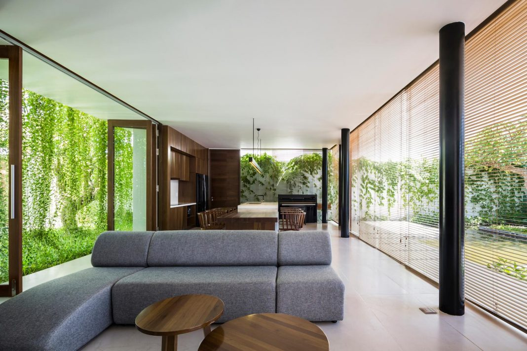 The Drawers House: a welcoming home for a family of 4 who love the freshness of nature