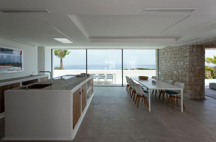 Driessen House designed with two different textures, stone and ...