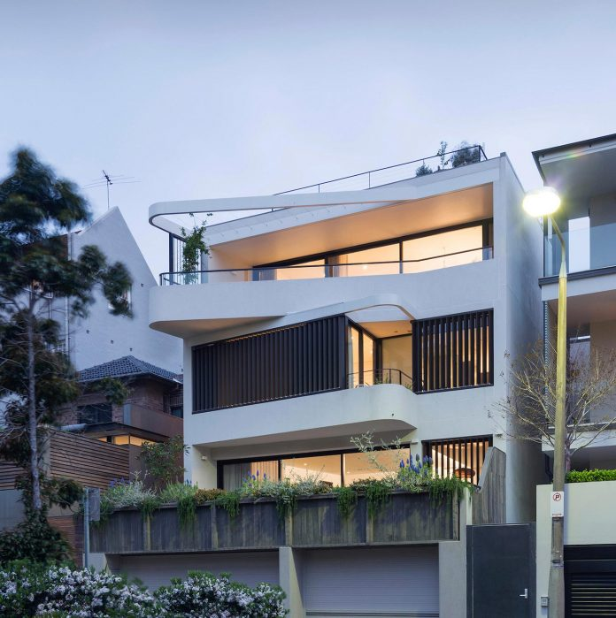 Duplex & the City: a dwelling with two apartments in Sydney