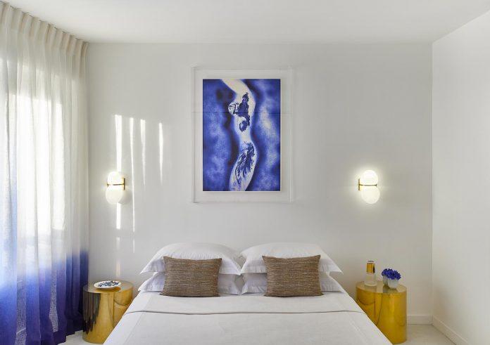 elegant-pure-clean-lines-define-apartment-perched-hills-cannes-10