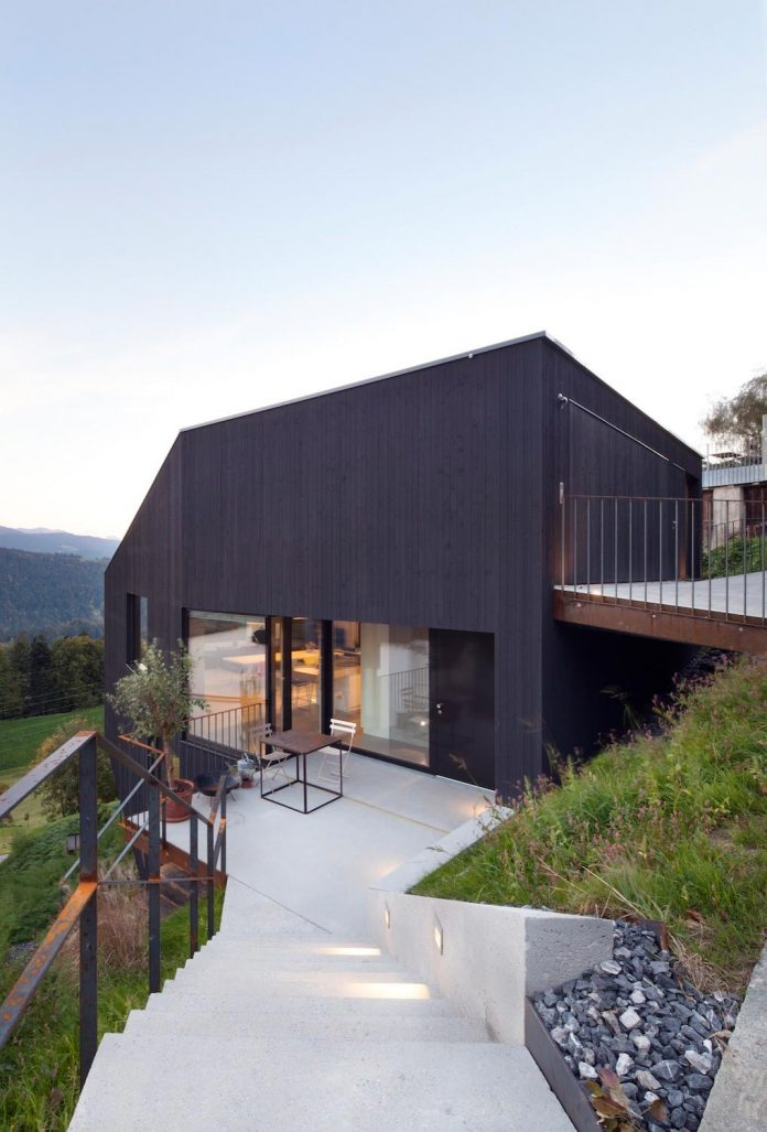 Beautiful The Form Of The Home Allows For The Focal Point Of All The Interior Spaces  To Be The Forests Below.u201d