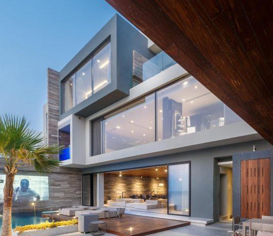 Huge modern villa with ocean views set on Amwaj Islands, Bahrain