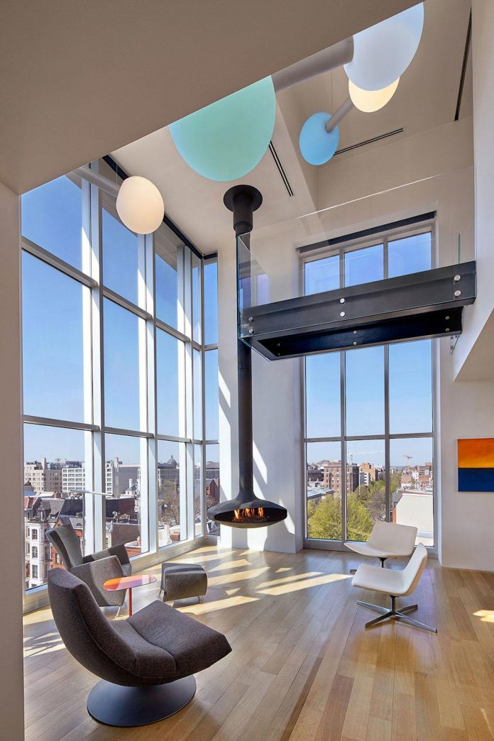 is a corner unit penthouse with