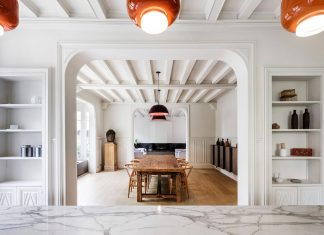 Contemporary renovation of an late 19th century house but keeping the remarkable elements of the old home