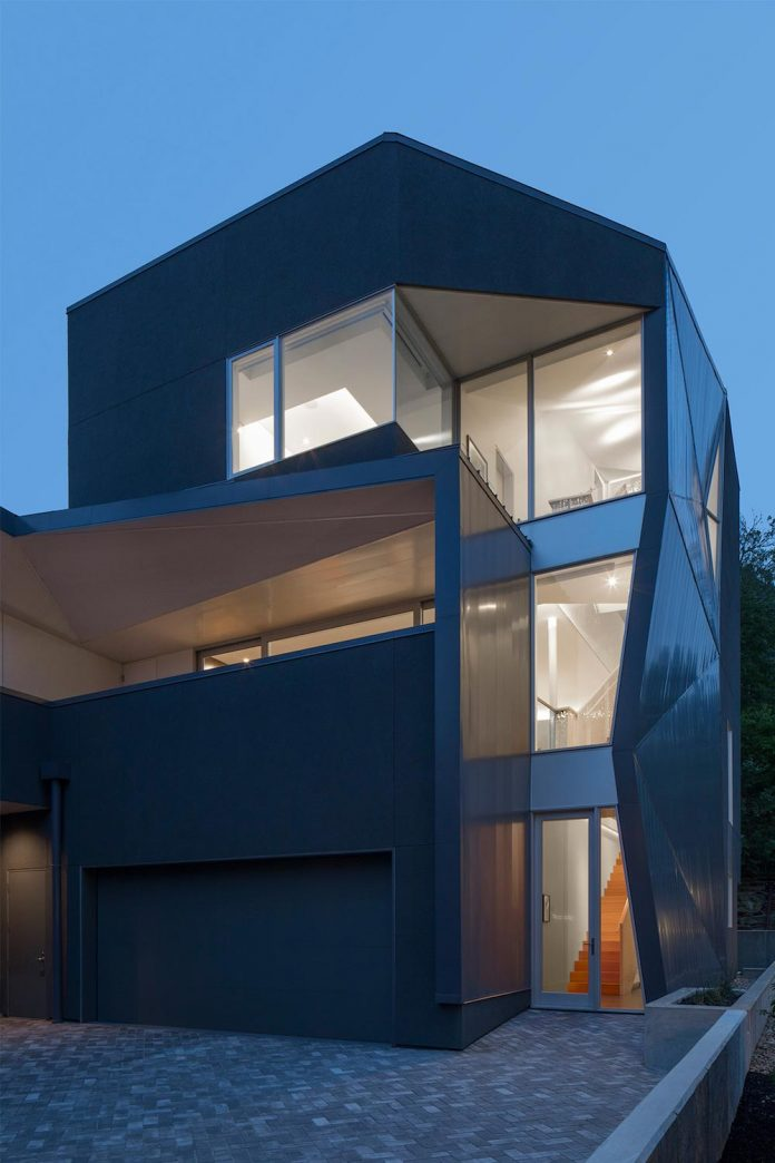 Contemporary Residence S Facade Black Stucco Concrete With