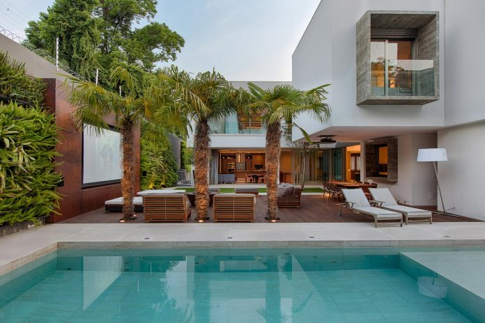 Charmant Inner Backyard With Home Theatre And Swimming Pool Of The MLD House