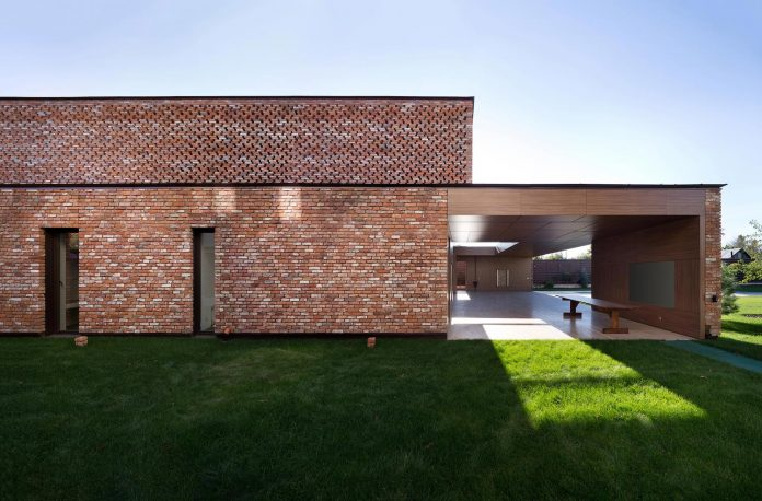 Modern home built by recycled second-hand bricks reclaimed from ...