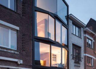 Simple and elegant home providing a gorgeous view of the neighbourhood in Ghent, Belgium