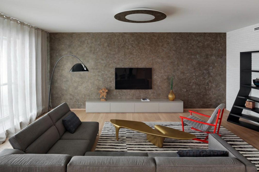Spacious apartment designed in a clean and simple way for a young family