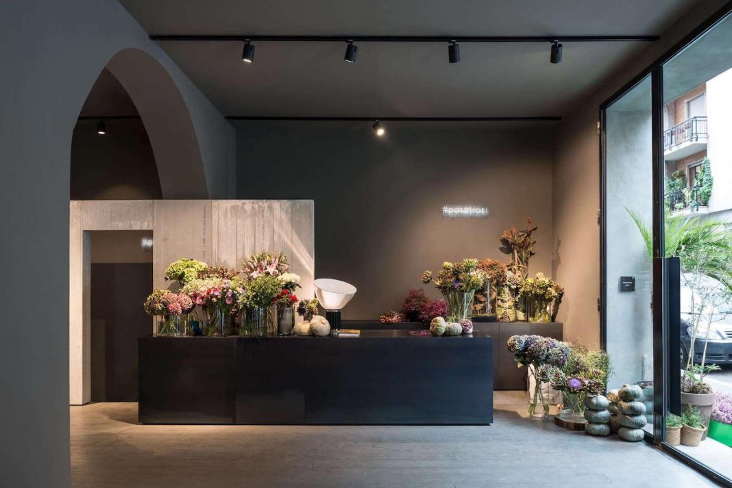 Stylish and cool POTAFIORI flower shop has good music and why not