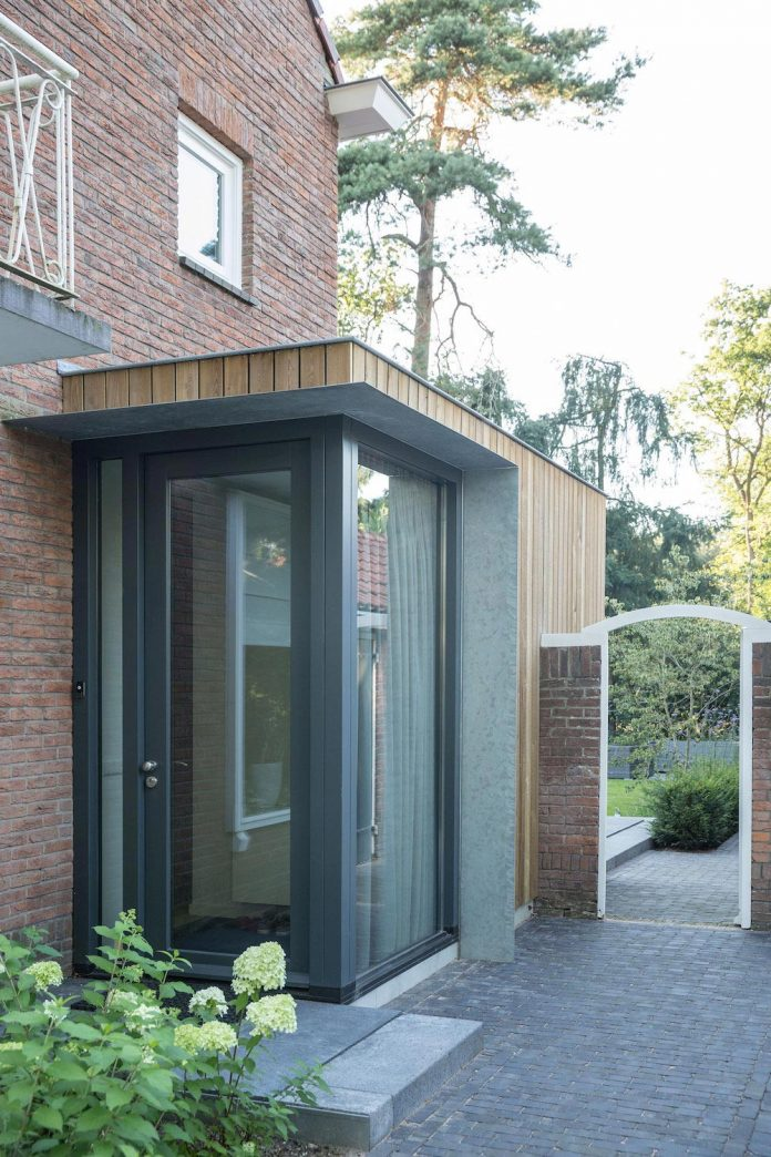A Timber Clad Extension Creates A New Relationship Between