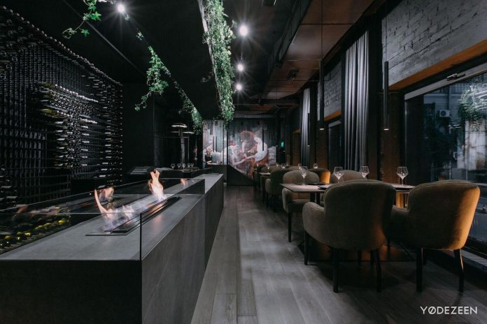 TOLSTYI&TONKIY restaurant, a game of lights and shadows in Kiev