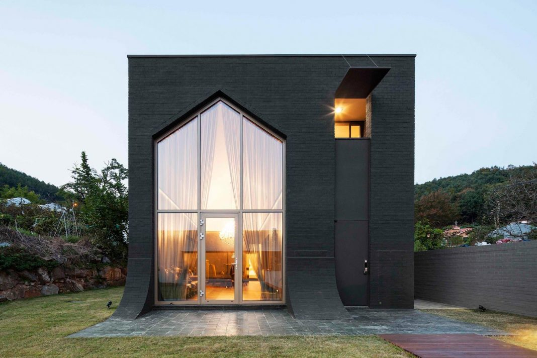two-houses-plot-one-minimal-clic-one-minimal-edge-16-1068x712 Small House Design In Guam on alaska small house, arizona small house, sweden small house, iceland small house, costa rica small house, sri lanka small house,
