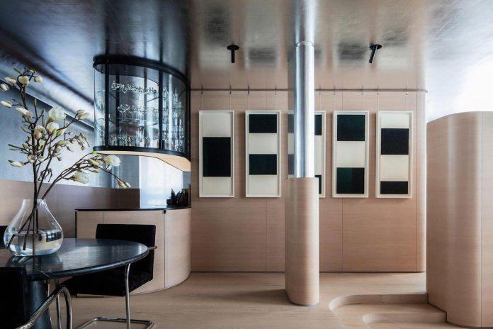 Art Deco Minimalism Apartment In Manhattan Designed By Ghiora Aharoni Design Studio Caandesign