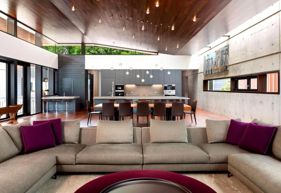 Contemporary Mask House by Hastings Architectural Associates