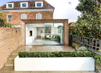 Dolphin House by OB Architecture: Georgian style residence situated in the heart of the Winchester Conservation Area
