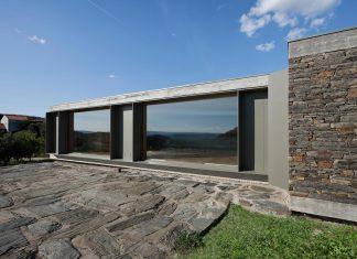 Granite and slate House in Castelo Melhor by Correia/Ragazzi Arquitectos