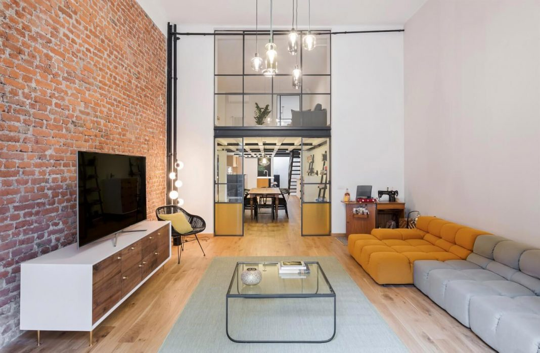 Industrial building transformed into stylish contemporary loft in Shoreditch