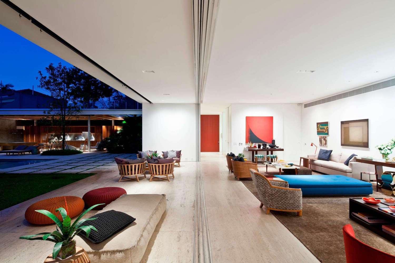 Jacobsen Arquitetura Designed A Modern House For A