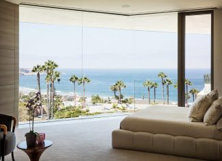 Luxurious La Jolla hilltop villa with awesome sea views designed by Tommy Hein Architects