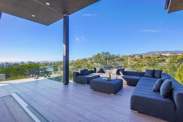 Blue House Interiors Los Angeles House And Home Design