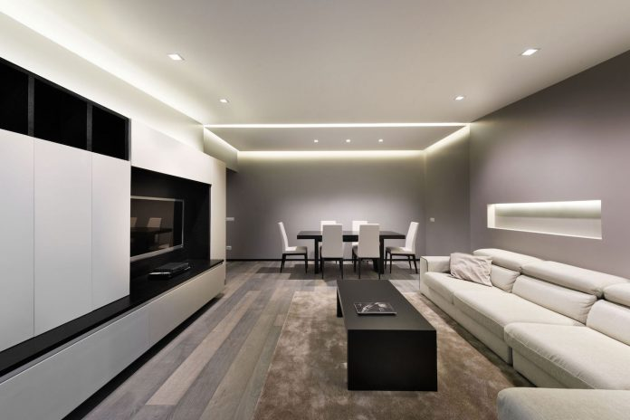 Renovation of an apartment that embodies the height of modernity and minimalism in Rome, Italy