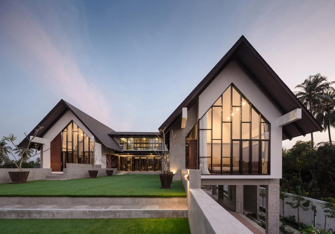 A rural home designed for a retired doctor and his family for Home designs rural