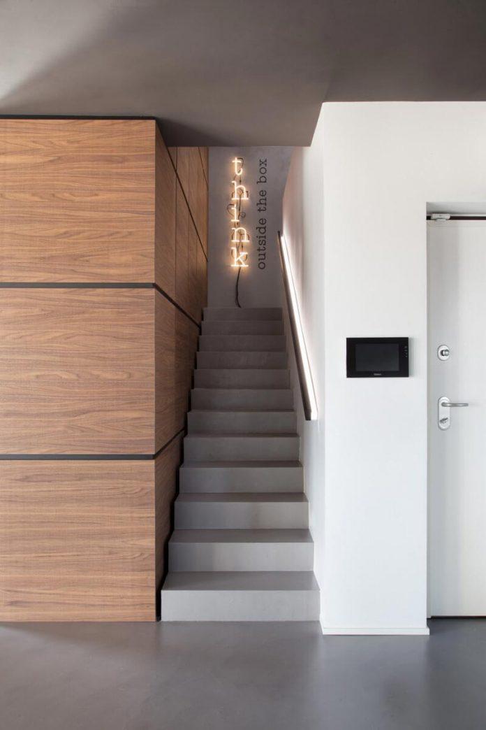 Simple And Stylish Minimalist Apartment Designed By Studio