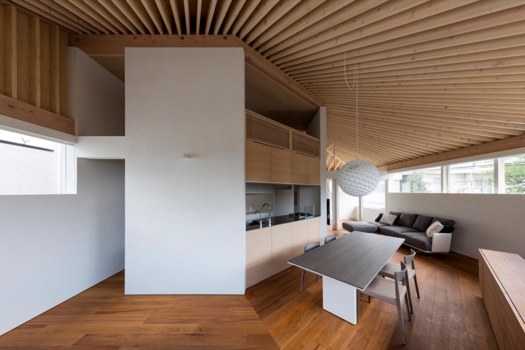so1archtect design the two-story wooden house built in Ashiya City in Hyogo Prefecture