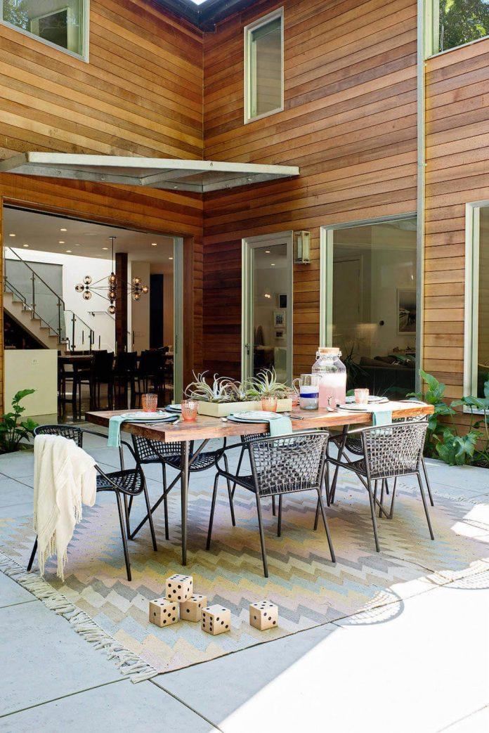 Casual Hip Marin County by Regan Baker Design - CAANdesign ...