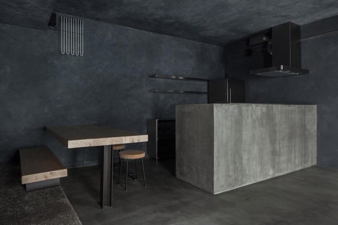 concrete apartment designed by hiroyuki ogawa architects in tokyo - Concrete Apartment 2016