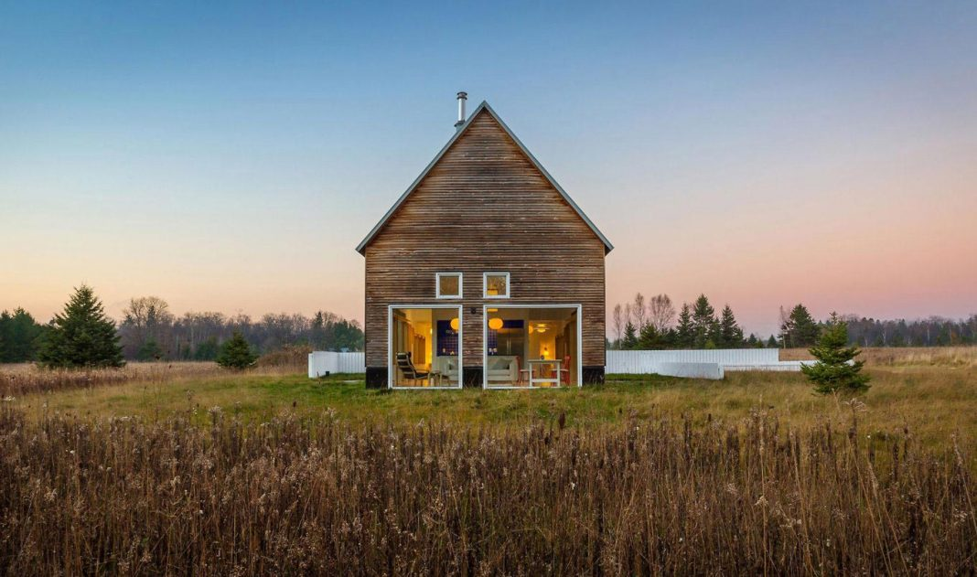 Fiore Countryside House Creates A Mix Between The Old And