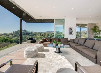 Multi-million home on the hills of Los Angeles has panoramic views by FINA Construction Group