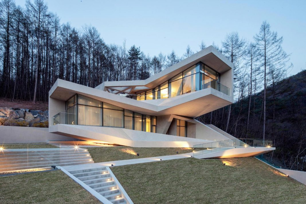 U retreat by idmm architects an ultra modern residence at for Modern residences