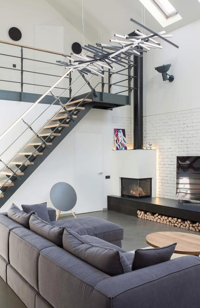 Contemporary Home Design In Kiev By Tseh Architectural Group Has A High Ceiling Living Room And