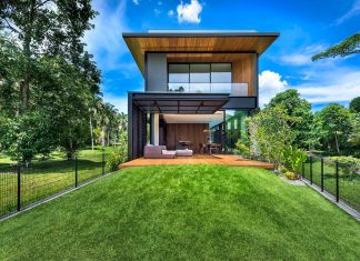 Design of House 24 that takes advantage of views from the surrounding greenery