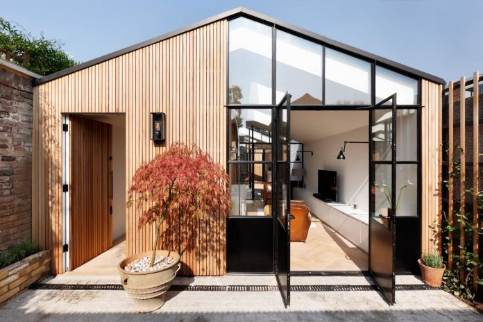 From Single storey Storage Garage To A Beautiful Two