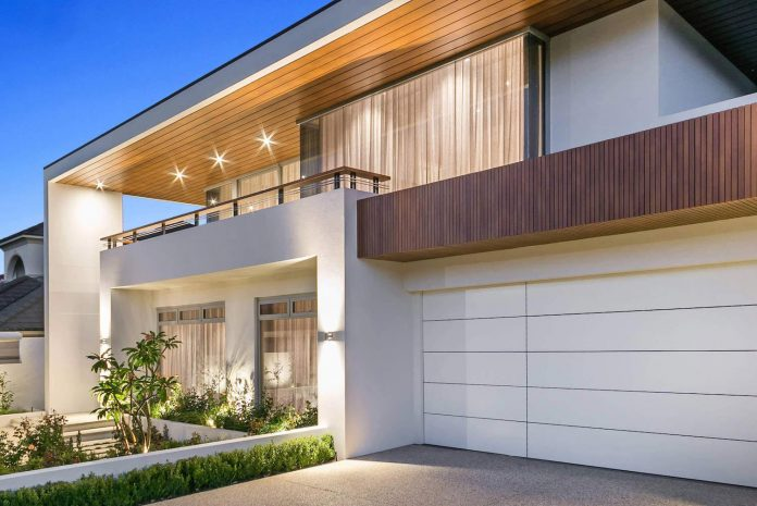 ... West Australian Lifestyle, This Home By Imperial Homes Has A Range Of  Unique Features Incorporated Into A Large Family Home That Has Been Built  For ...