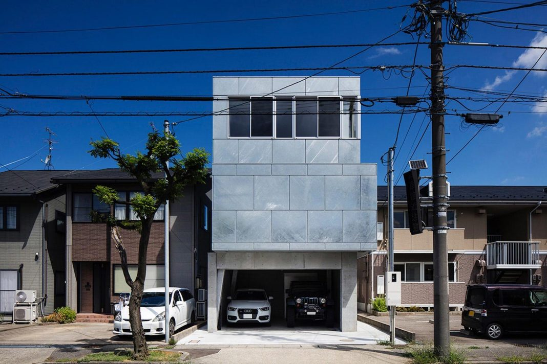 House in Japan covered with material that can withstand harsh climatic conditions