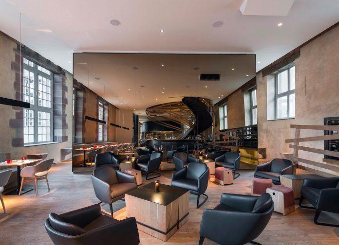 Les haras de strasbourg the 3 starred michelin restaurant for Design hotel 4 stars