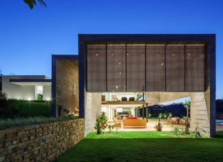 LG contemporary house set adjacent to a beautiful native forest is divided between daytime area and night area and