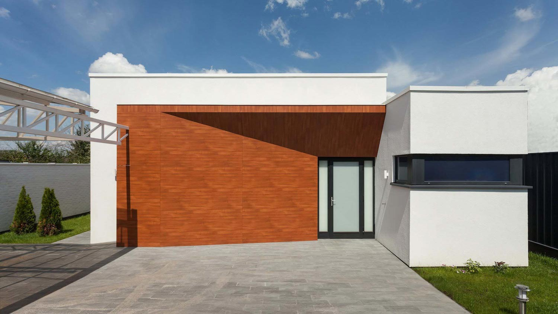 Minimalistic exterior design hiding inside it the for High tech home design