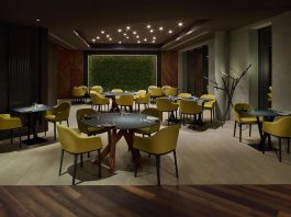 Natural dark combinations with premium products by Pavel Kříž define the Signature restaurant