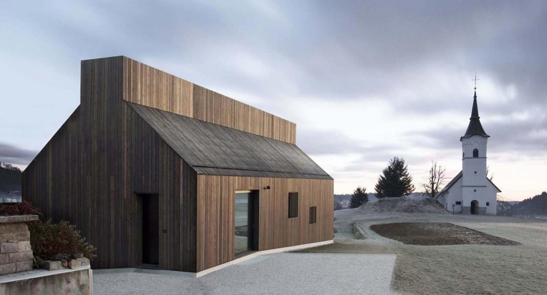 Oiled larch boards define the exterior relating to the for Exterior definition